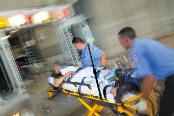 chest pain emergency room stretcher