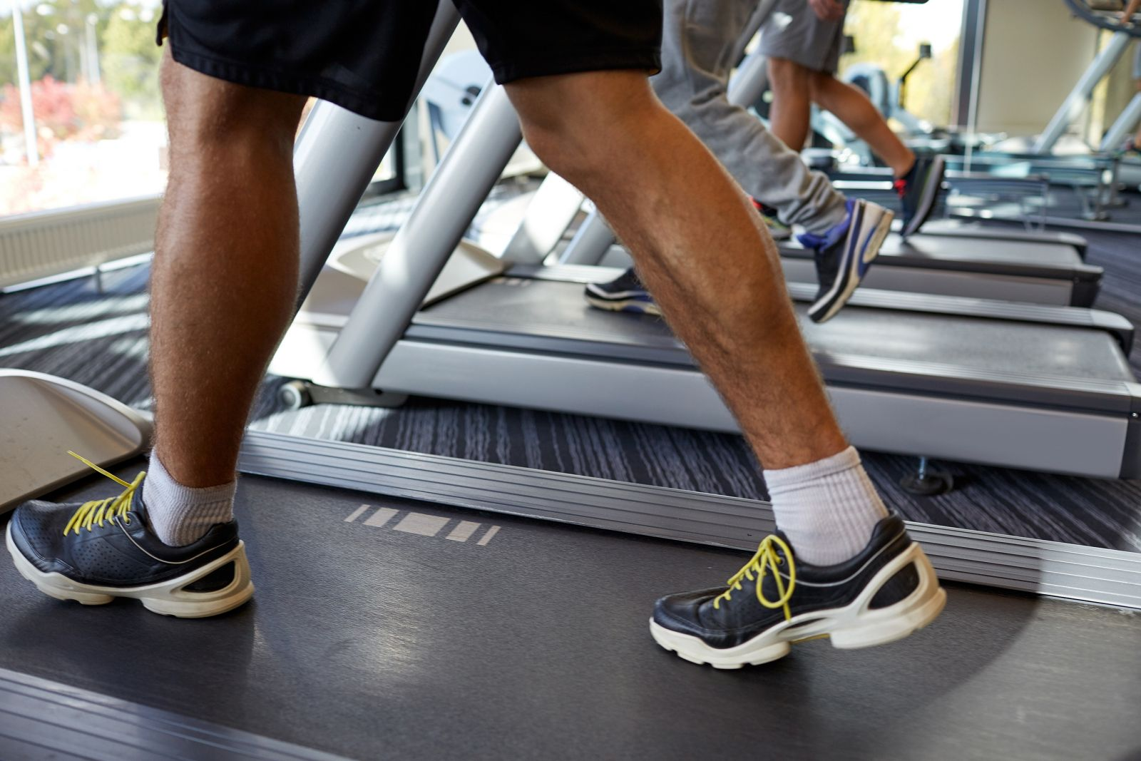 walking-fitness-exercise-treadmill