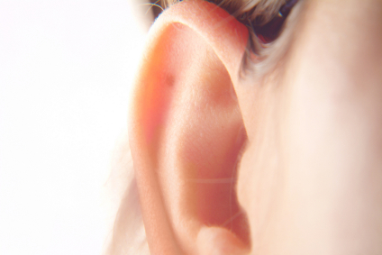 early-hearing-loss-signs