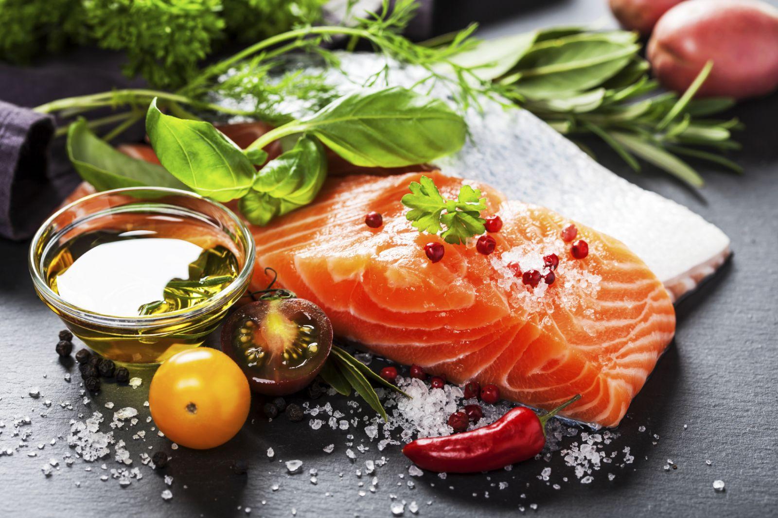 Mediterranean diet beats low-fat diet for long-term weight loss  thumbnail