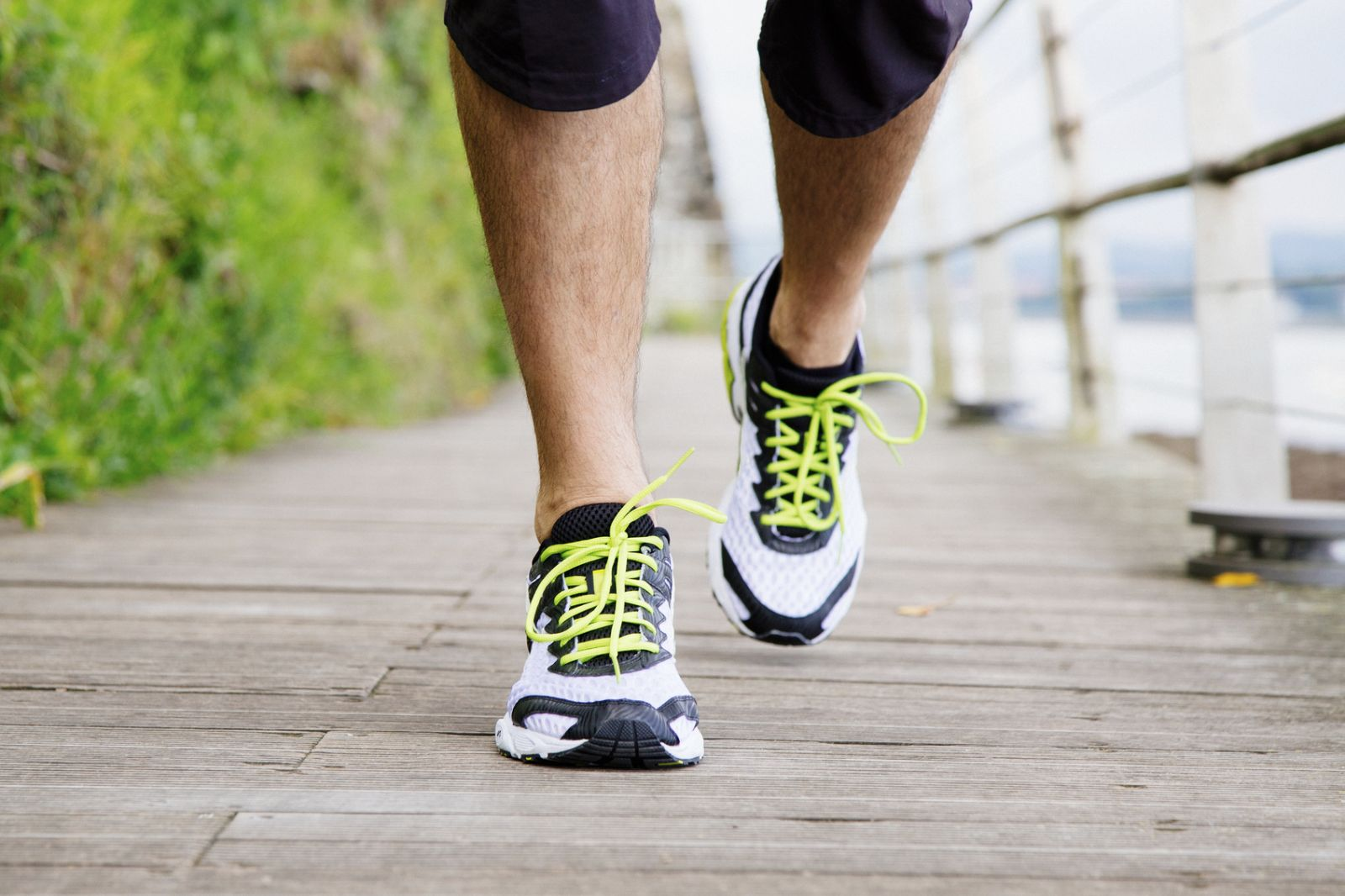 Want healthy feet? Keep a healthy weight - Harvard Health