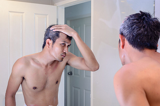Can stress really make hair (or fur?) turn gray? featured image