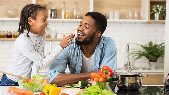 Eating during COVID-19: Improve your mood and lower stress featured image