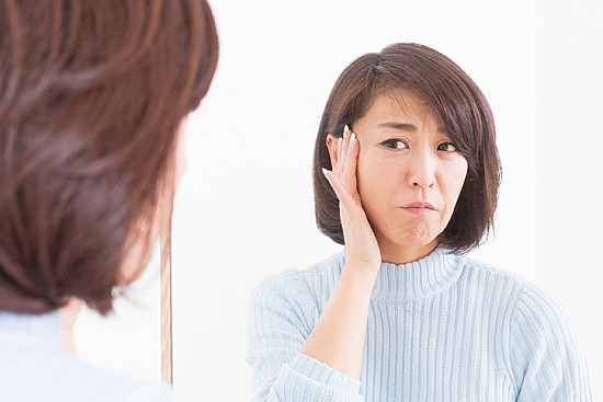 Does diet really matter when it comes to adult acne? featured image
