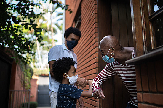 Grandparenting: Navigating risk as the pandemic continues featured image