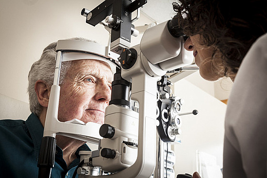 Age-related macular degeneration: Early detection and timely treatment may help preserve vision featured image