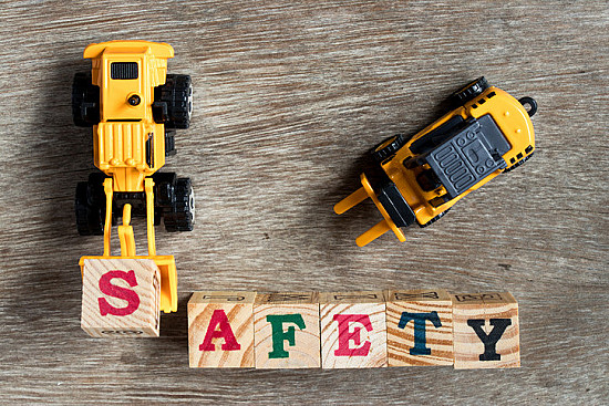Magnets, sound, and batteries: Choosing safe toys featured image