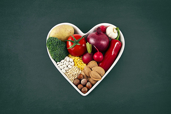 3 easy ways to eat a healthier diet featured image