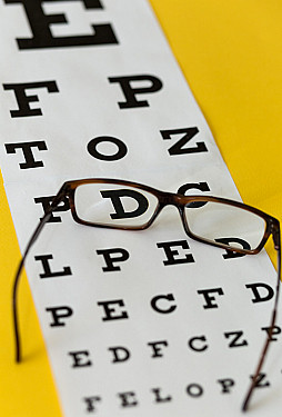 Want healthy eyes? What to know at 40 and beyond featured image