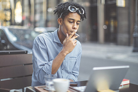 Smoking more than doubles heart risk among African Americans featured image