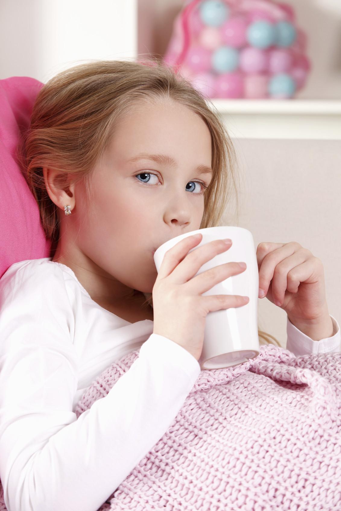 stomach-flu-apple-juice-blog