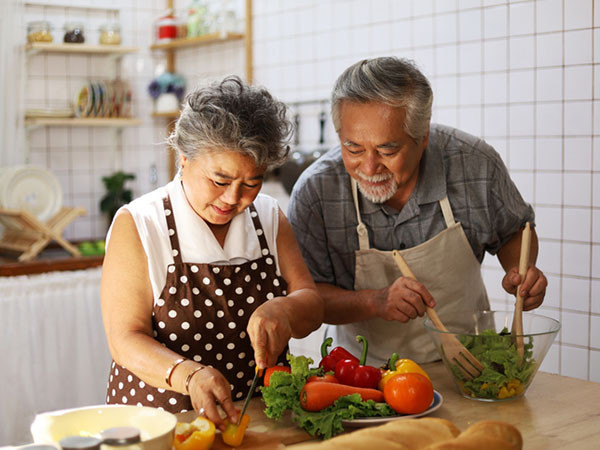Heart disease risk: Partnering on lifestyle change can help