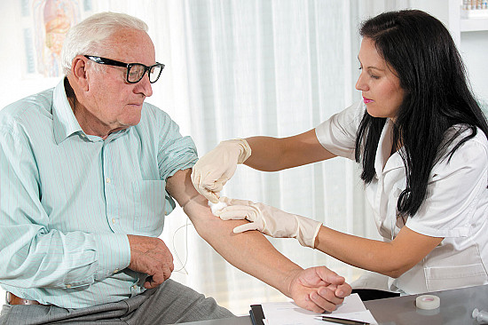 A blood test may predict increased risk for Alzheimer's disease featured image