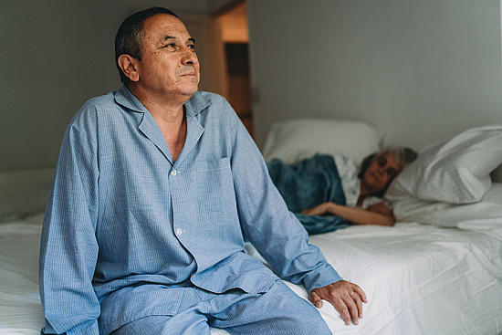 Waking up one hour earlier than usual may reduce depression risk featured image