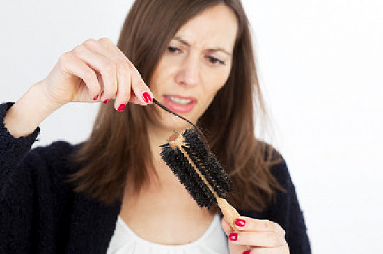 Treating female pattern hair loss featured image
