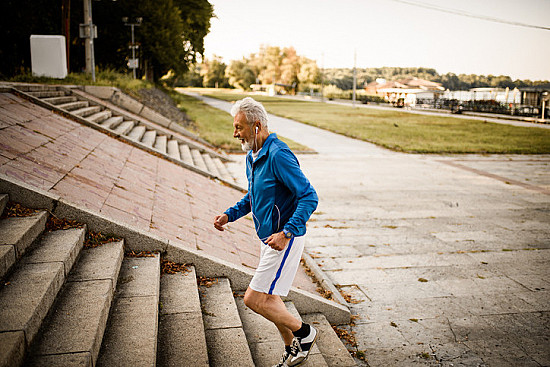 Exercise is an all-natural treatment to fight depression featured image