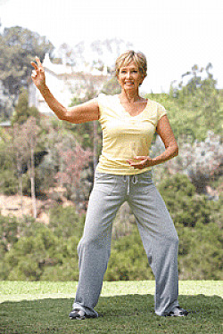 Tai chi: A gentle exercise that may help heal your heart featured image