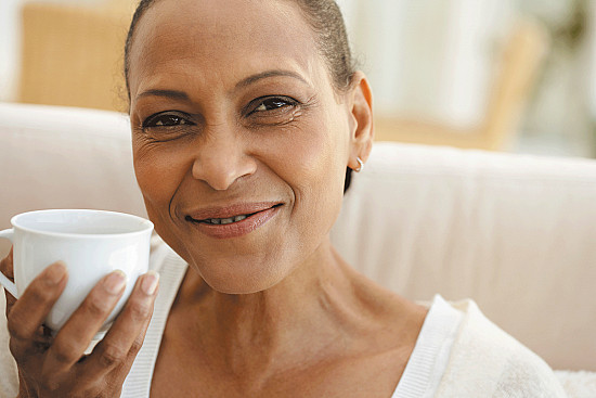 Harvard researchers link coffee with reduced colon cancer recurrence featured image