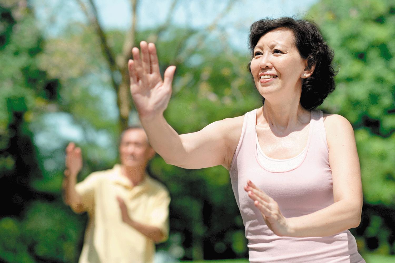 tai-chi-balance-exercise-woman