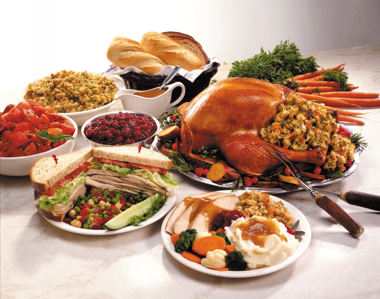 holiday-eating-buffet-turkey