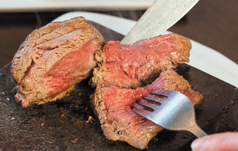 Nur einmal täglich rotes Fleisch zu essen, erhöht das Darmkrebsrisiko um ein Fünftel