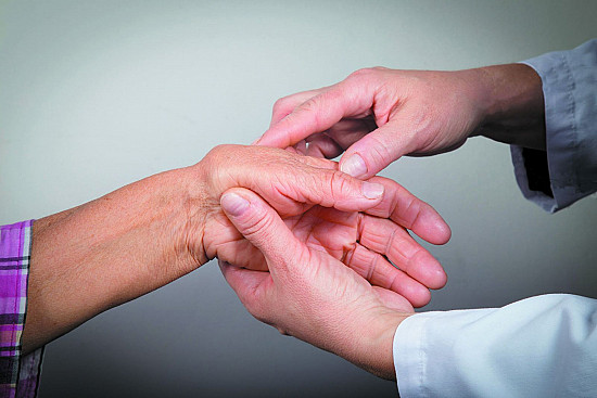 Could that joint pain be rheumatoid arthritis? featured image