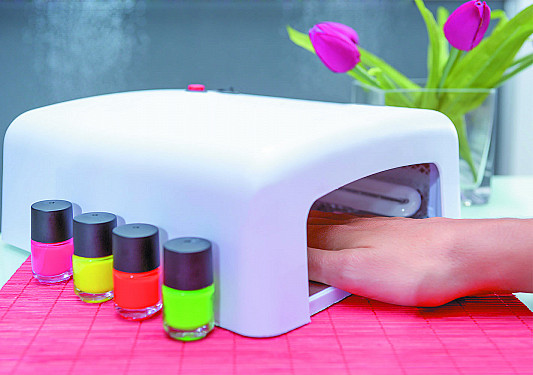 Do gel manicures increase cancer risk? featured image