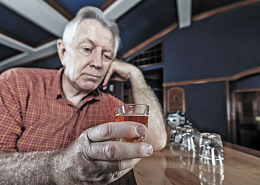 Does drinking alcohol raise the risk of stroke? featured image