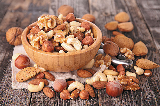 Eating nuts: A strategy for weight control? featured image