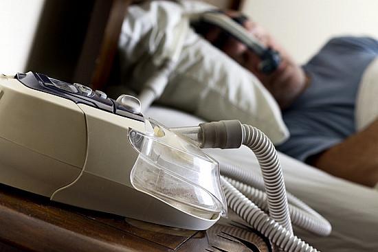 How does sleep apnea affect the heart? featured image