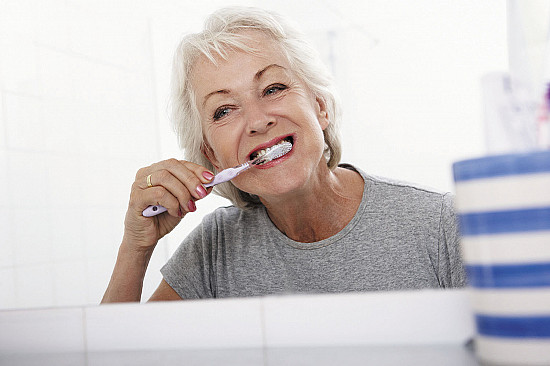 Oral health problems may raise cancer risk featured image