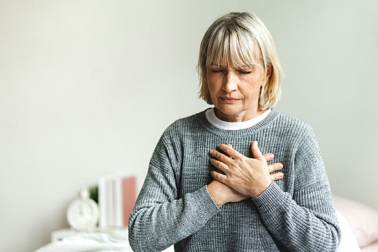 Stress-induced brain activity linked to chest pain from heart disease featured image