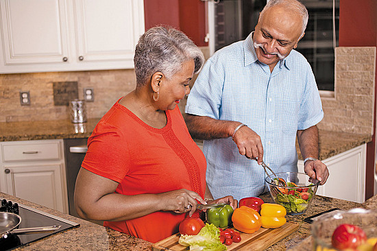 Cohabitating couples share heart-related habits, risks featured image