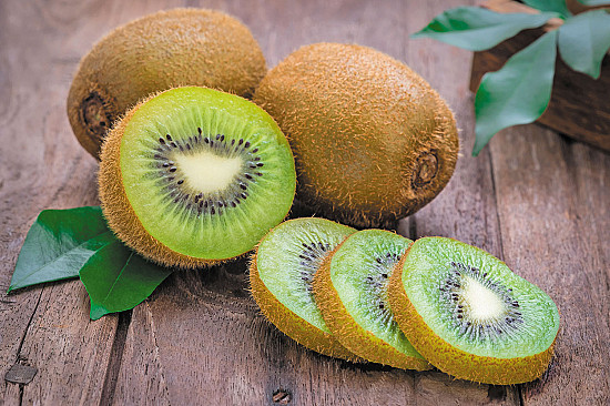 Fruit of the month: Kiwifruit featured image