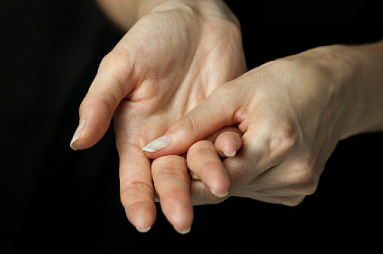 Exercises for pain free hands featured image