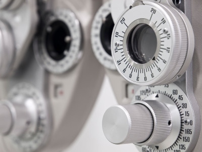 amg-vision-loss-eyes-macular-degneration