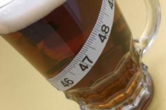 Beer-mug-with-tape-measure