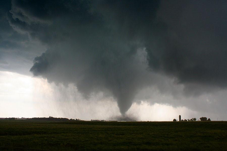 Tornado_240