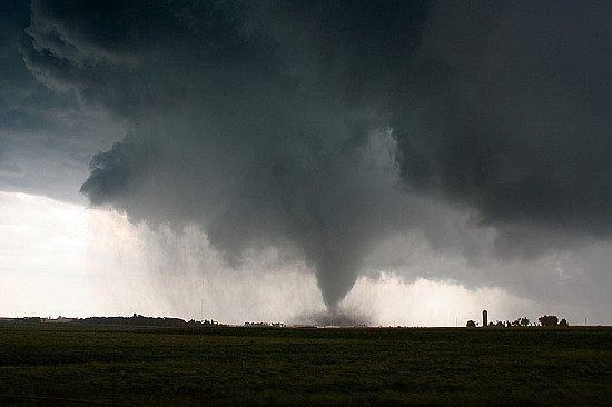 How to survive a tornado featured image