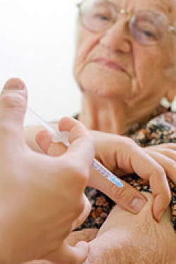 Early steps toward an Alzheimer's vaccine featured image