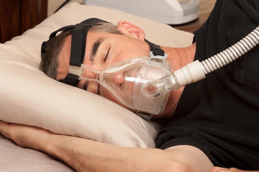 Sleep-apnea-cpap-machine
