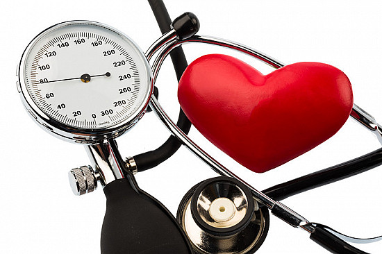 High blood pressure in midlife linked to later decline in memory, thinking skills featured image