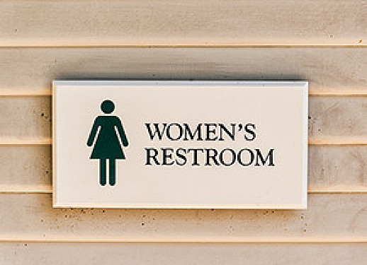 New guidelines recommend Kegels, other lifestyle treatments for urinary incontinence in women featured image