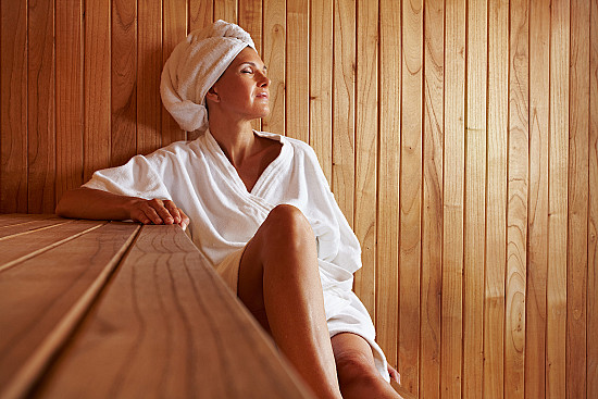 Sauna use linked to longer life, fewer fatal heart problems featured image