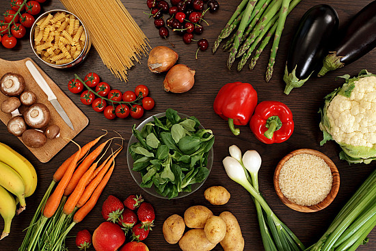 Vegetarian diet linked to lower colon cancer risk featured image