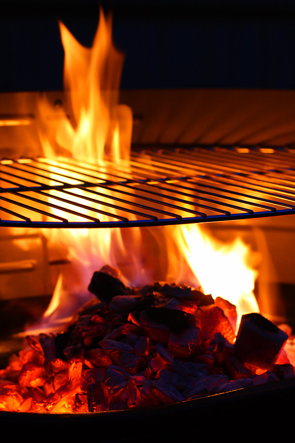 bigstock-Barbecue-Grill-flame-BBQ-18668456