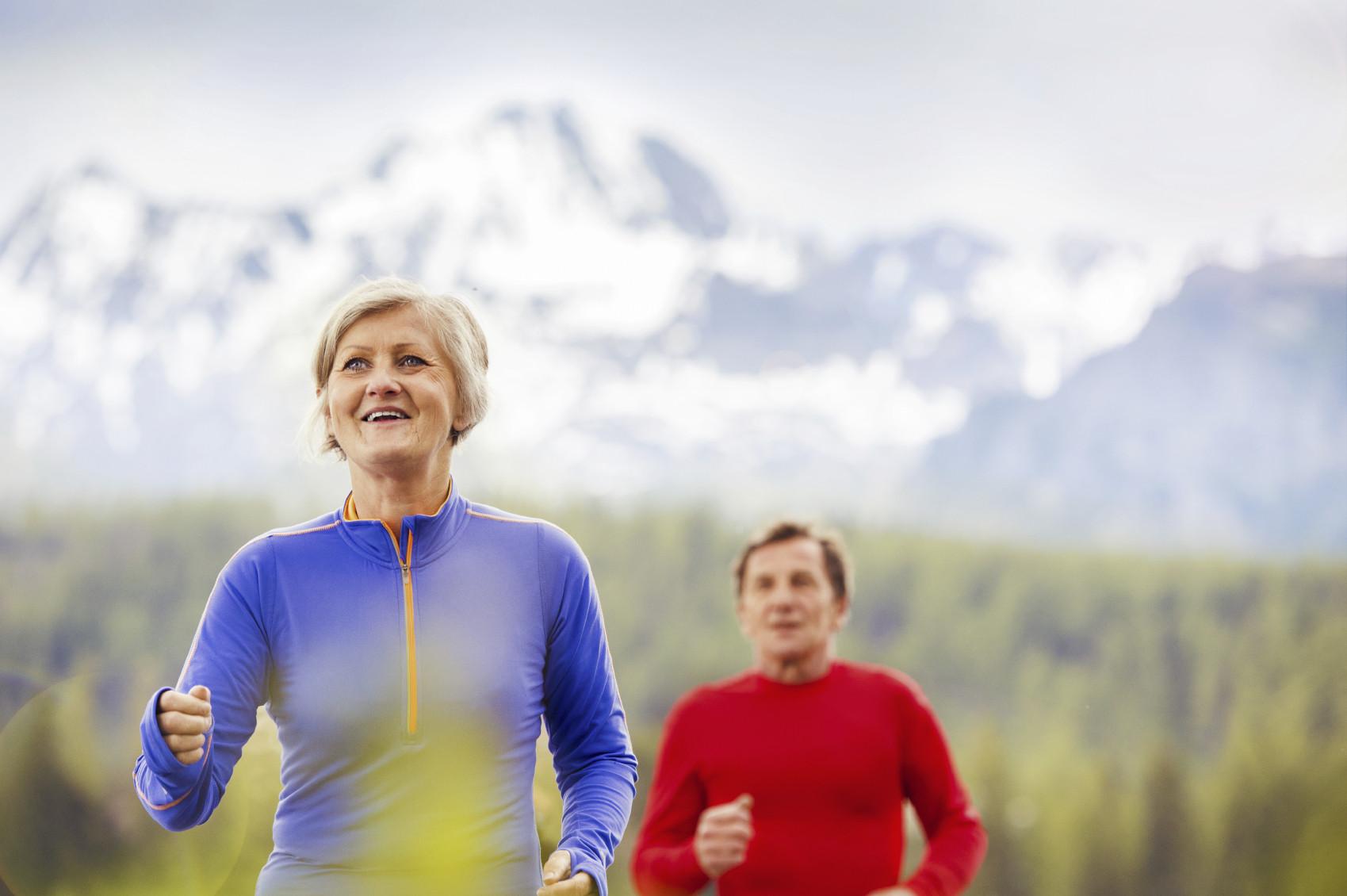 seniors-exercising-jogging