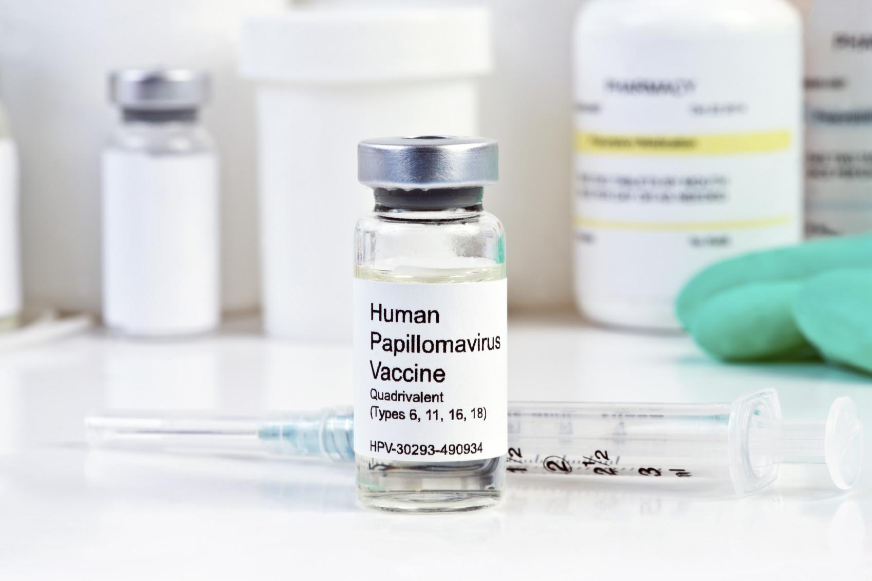 HPV-vaccine-iStock_000054402378_Medium