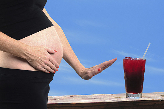 Experts say no amount of alcohol is safe during pregnancy featured image