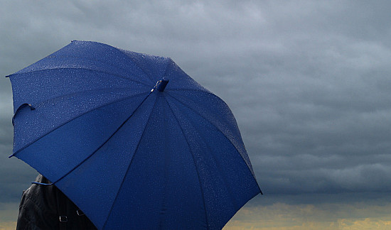 Can the weather really worsen arthritis pain? featured image